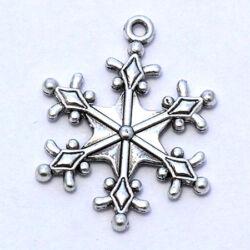 Antikolt ezüst színű hópehely díszes függő dísz