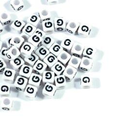 4 db Fehér színű, kocka alakú G betű gyöngy