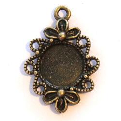 Antikolt bronz színű tibeti stílusú cirádás medál 12 mm NIKKELMENTES