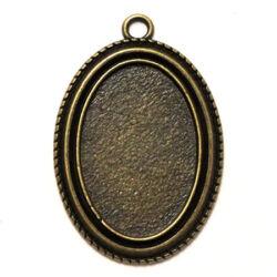 Antikolt bronz színű ovális csavart mintájú medál alap 20x30 mm