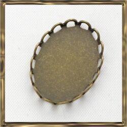 Antikolt bronz színű réz ovális hullámos szélű kaboson foglalat 13x18 mm