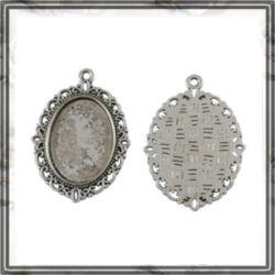 Antikolt ezüst színű, cink ötvözet ovális medál 30x40 mm (belső 18x25mm) NIKKELMENTES
