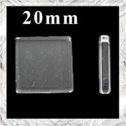 Sík üveglencse négyzet 20 mm
