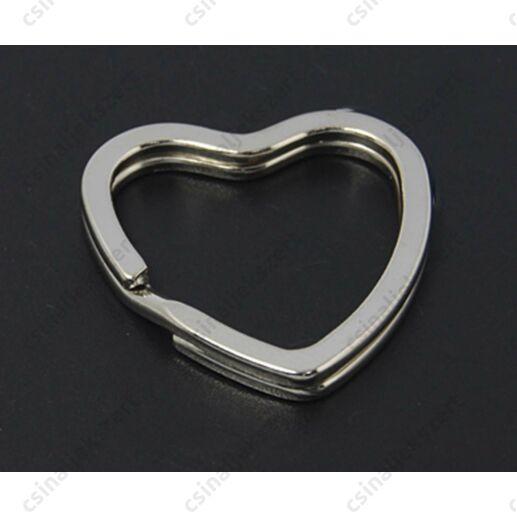 Ródiumos szív alakú kulcskarika kulcstartó