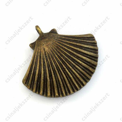 Antikolt bronz színű nagy fésűkagyló medál
