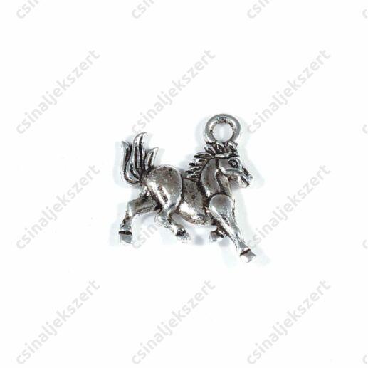 Antikolt ezüst színű Futó ló függő dísz