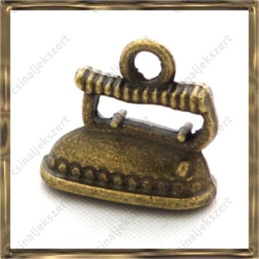 Antikolt bronz vasaló medál 3D függő dísz