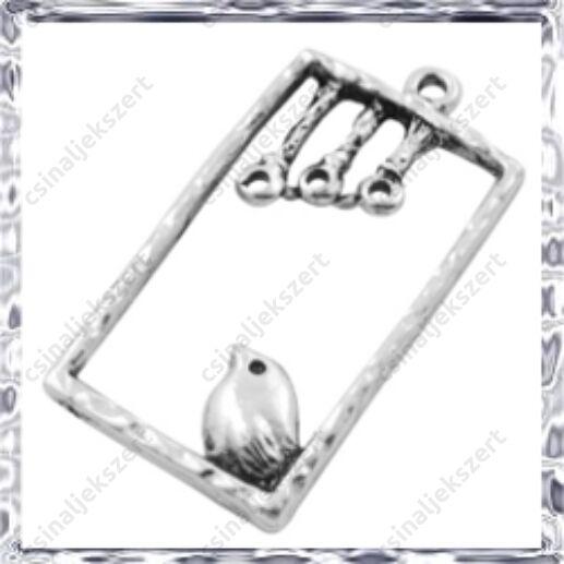 Antikolt ezüst színű madárkás téglalap medál