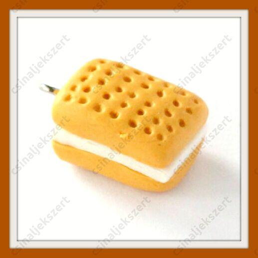 Gyurma medál krémes keksz