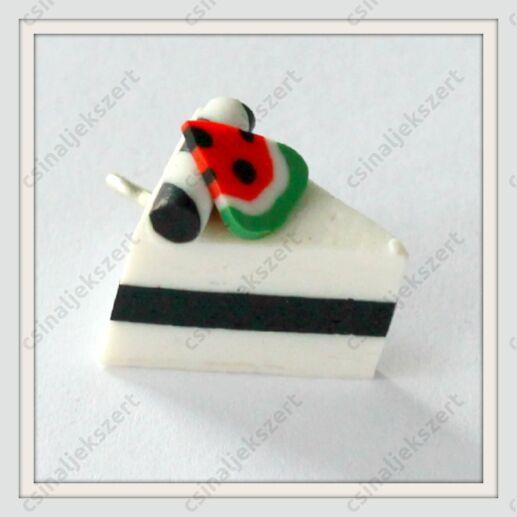Gyurma medál tortaszelet