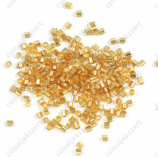 2.5 mm Cseh ezüst közepű áttetsző arany színű vágott végű szalmagyöngy