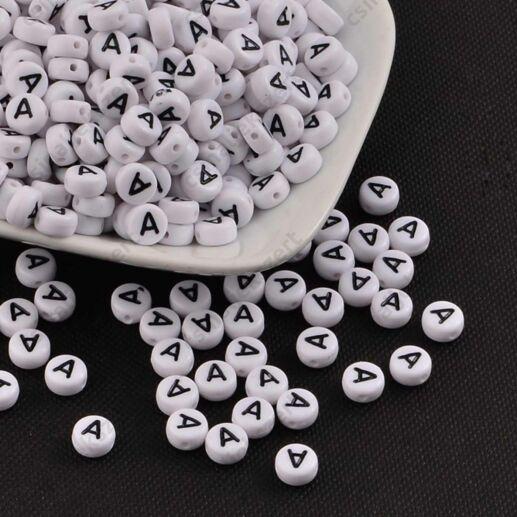 Fehér színű kerek A betű gyöngy