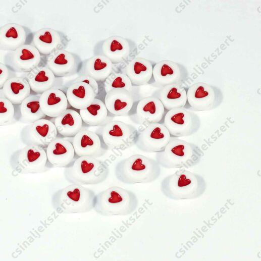 Fehér színű kerek szivecske mintás betű gyöngy
