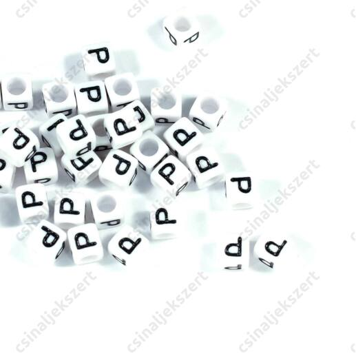 Fehér színű, kocka alakú P betű gyöngy