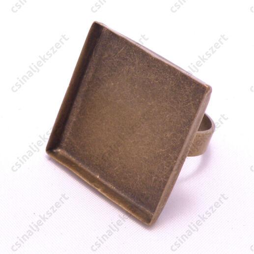 Antikolt bronz színű, réz négyzet tányéros gyűrű alap 25x25 mm