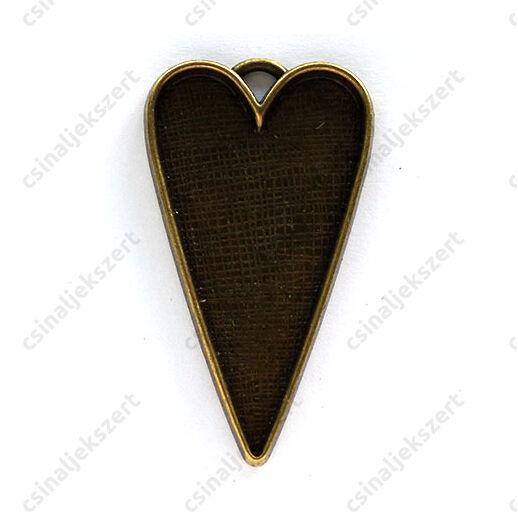 Antikolt bronz színű hosszított nagyméretű szív medál