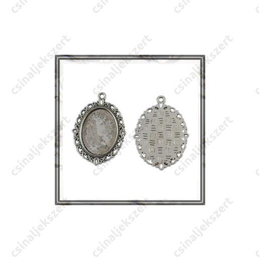 Antikolt ezüst színű, cink ötvözet ovális medál 30x40 mm (belső 18x25mm)