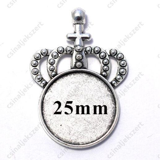 Antikolt ezüst színű koronás medál 25 mm