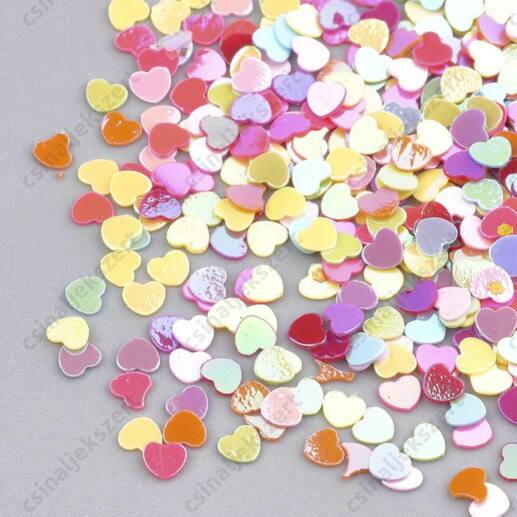 Vegyes tavaszi színű szív alakú 3 mm szóró flitter