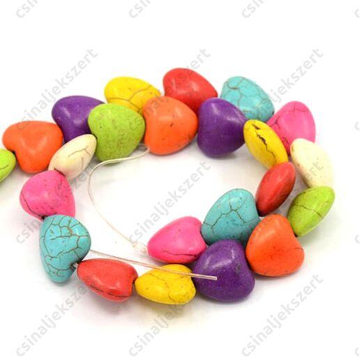 1 szál Vegyes színű szív alakú 16x16x8 mm Howlit ásványgyöngy