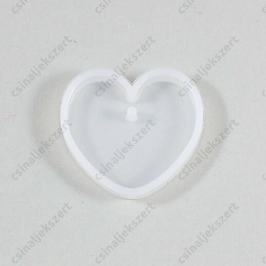 30 mm Szív alakú medál szilikon öntőforma