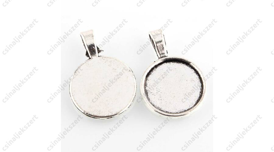 754b7e2a9 Antikolt ezüst színű hosszú medáltartós 18 mm kerek üveglencsés medál alap