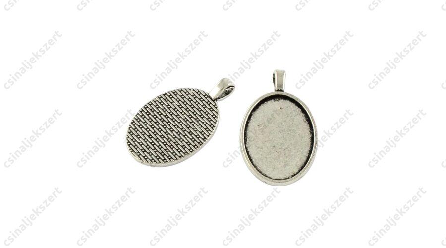 ab2e96cc0 Antikolt ezüst színű, hosszú medáltartós 18x25 mm ovális medál alap